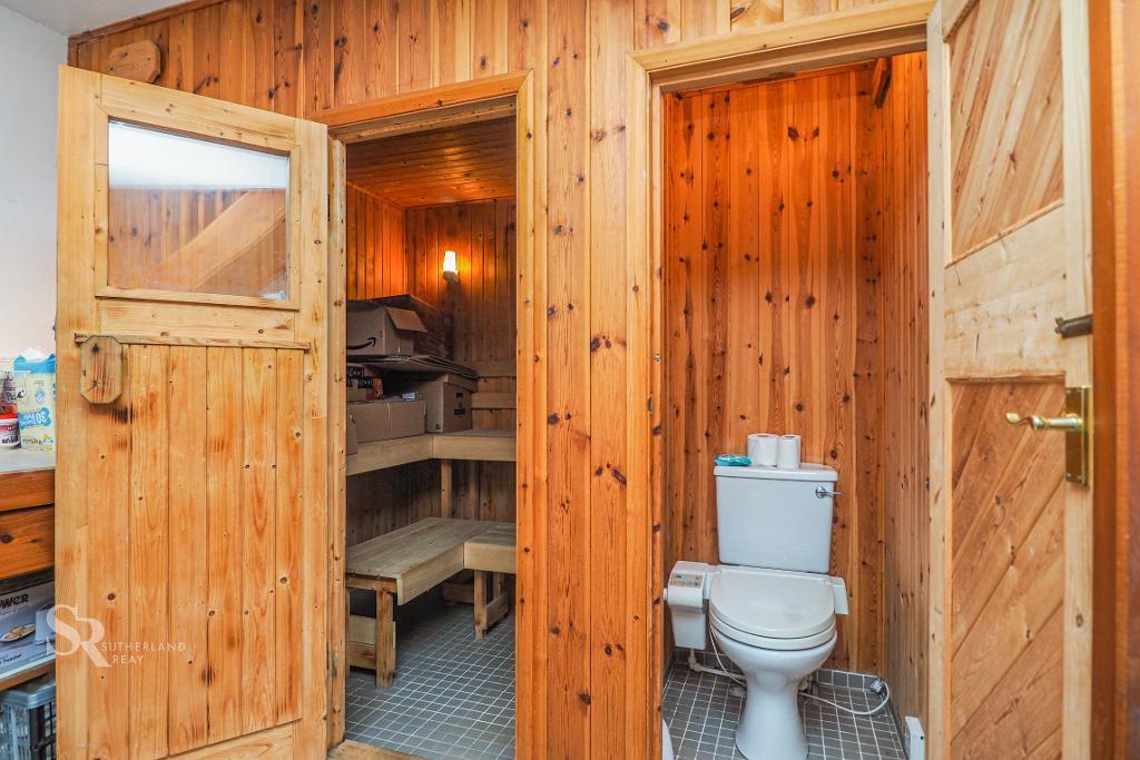 Sauna and WC